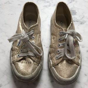 Superga Girls Canvas Gold Sparkle Classic Sneakers
